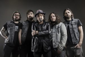 Torna in Italia Phil Campbell