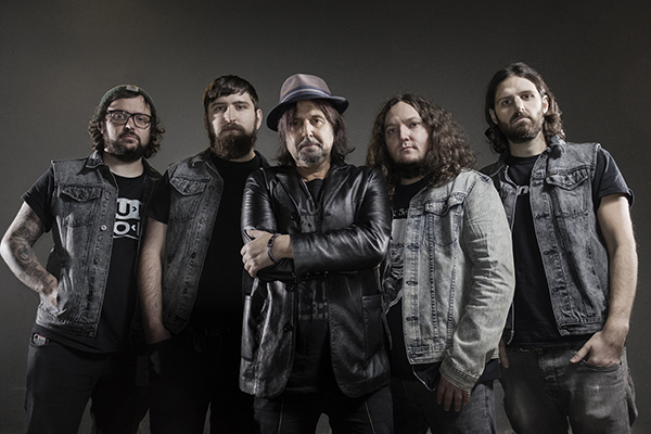 PHIL CAMPBELL AND THE BASTARD SONS: fuori il video di 'Born To Roam'