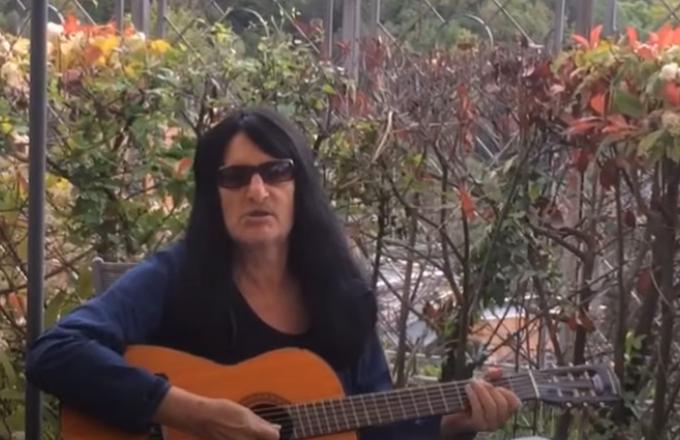 RICHARD BENSON suona la nuova canzone 'Ricordi Da Bruciare' (Video)