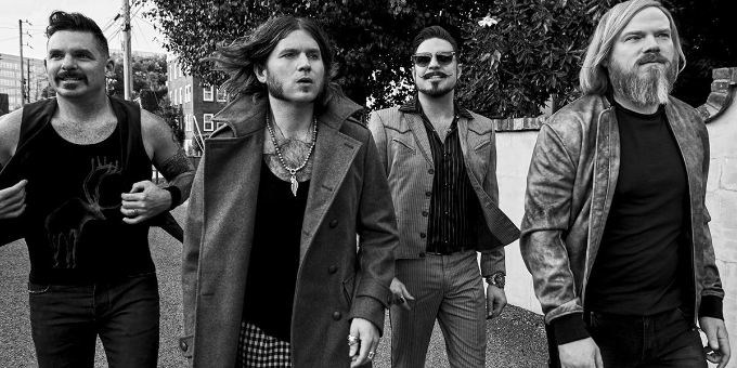 RIVAL SONS: 'Shooting Stars' suonata in acustico