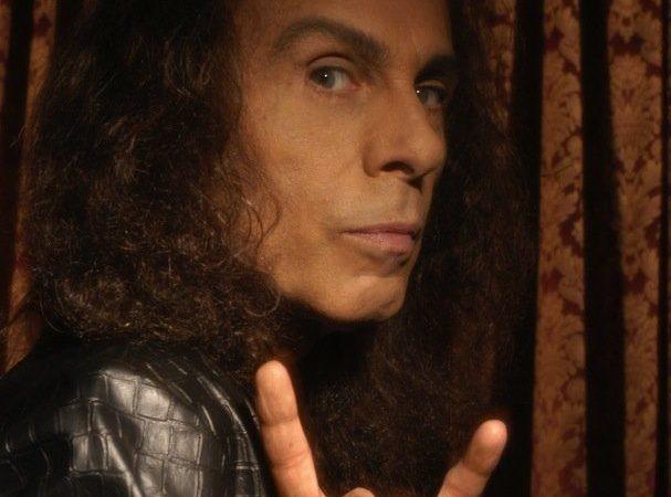 RONNIE JAMES DIO: Wendy Dio e Mick Wall continuano la sua autobiografia