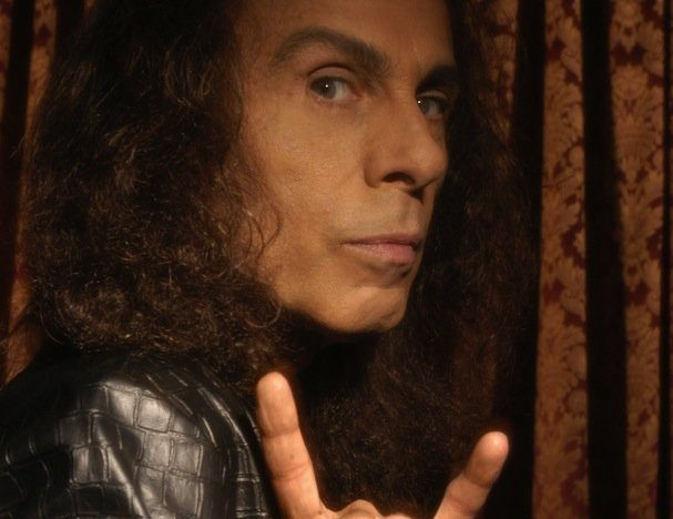 L'autobiografia di RONNIE JAMES DIO è finalmente pronta, dovrebbe uscire in estate