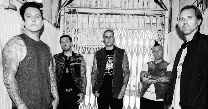 "AVENGED SEVENFOLD: disponibile il live video ufficiale di ""Hail To The King"""