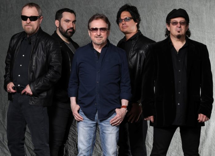 "BLUE ÖYSTER CULT: video di ""Godzilla"" dal live ""iHeart Radio Theater NYC 2012"""