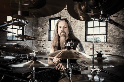 FIRSTBORNE: Chris Adler ex batterista LAMB OF GOD fonda una nuova band, online l'omonimo EP