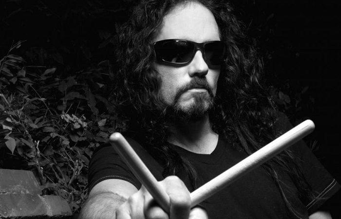 In arrivo il documentario senza censure su NICK MENZA, l'ex batterista dei MEGADETH.