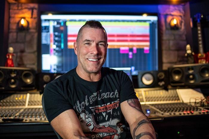 ANNIHILATOR: Jeff Waters suona la nuova '2020 Medical Blues'