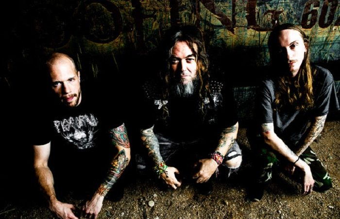 GO AHEAD AND DIE (con MAX CAVALERA): il video della nuova 'Toxic Freedom'