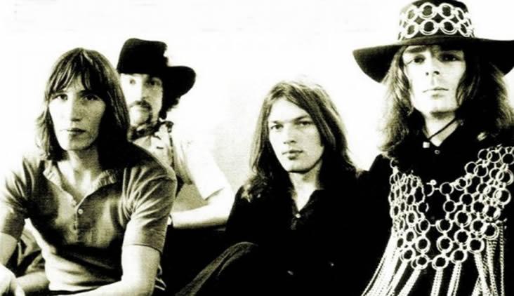 PINK FLOYD: in uscita il libro 'Animals – Il Lato Oscuro dei Pink Floyd'