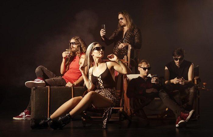 DELAIN: tutti fuori dalla band, continuerà solo il tastierista Martijn Westerholt