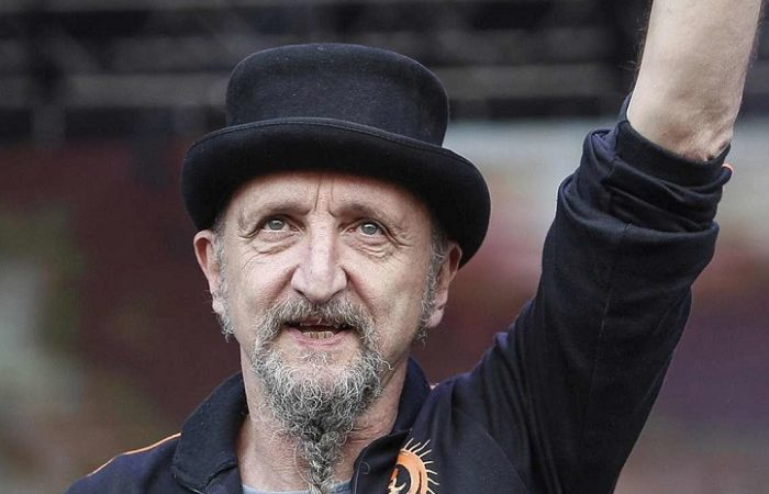 """BANDABARDO': ci lascia l'anima della band Enrico """"Erriquez"""" Greppi"""