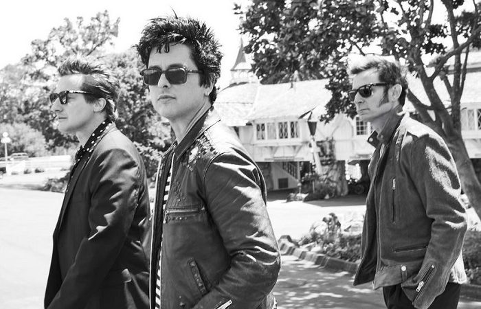 GREEN DAY: guarda il video del nuovo singolo 'Here Comes The Shock'