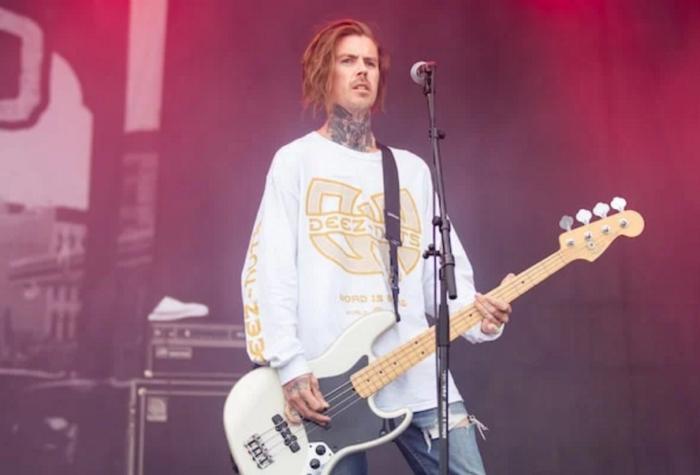 DEEZ NUTS, I KILLED THE PROM QUEEN: si è tolto la vita il bassista Sean Kennedy