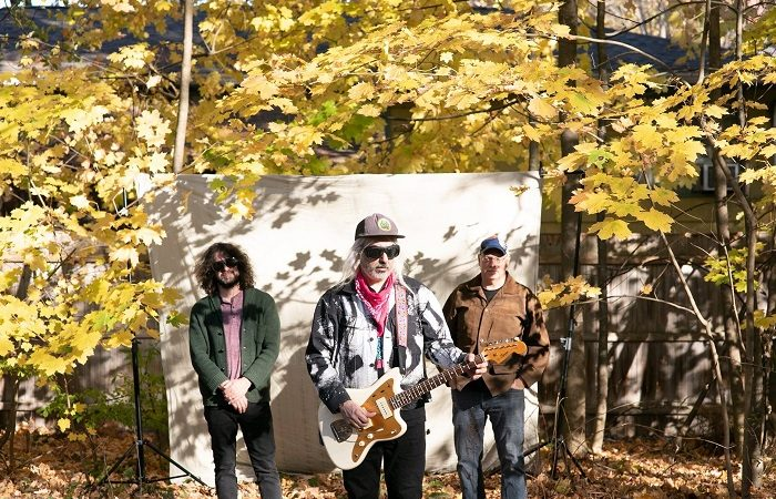 I DINOSAUR JR. annunciano il nuovo album 'Sweep It Into Space', un brano è on-line