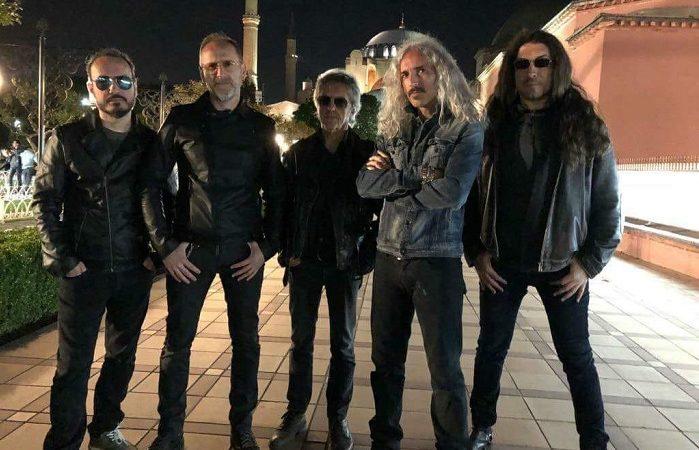 VANEXA: l'album 'The Last In Black' a Luglio, guarda i video di due nuovi singoli