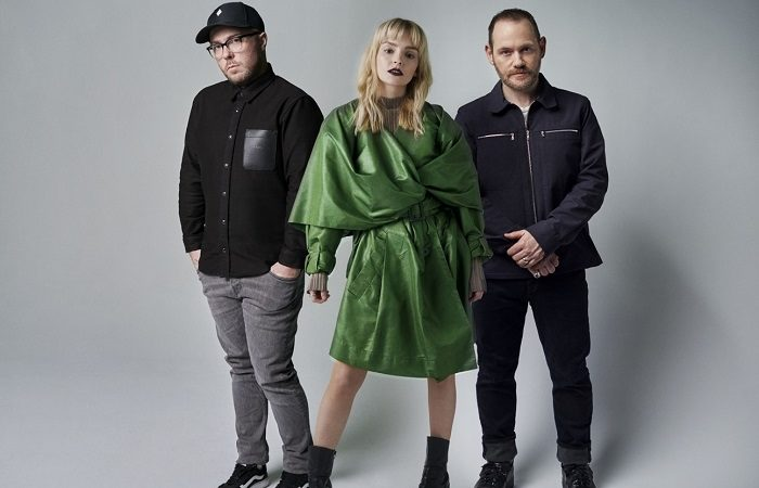 CHVRCHES: ascolta 'How Not To Drown' con ROBERT SMITH (THE CURE)