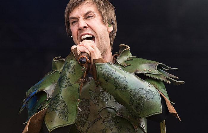 GLORYHAMMER: il cantante Thomas Winkler (Angus McFife) non è più nella band